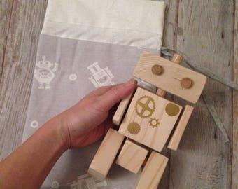 Wooden Waldorf ROBOT, posable wooden robot, CONNECTABLE wooden robot, montessori toy, wooden toy gift, gift for boy, Robotic, handmade robot