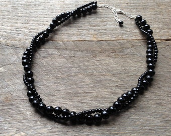 Black Pearl Bridal Necklace, Wedding Necklace, Twisted Pearl Necklace, Simple Necklace on Silver or Gold Chain
