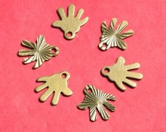 Closeout SALE Antique brass hand charm 8x8mm, 72 pcs (item ID ABHC8x8)