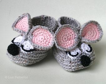 Crochet Pattern, Crochet baby booties pattern, sleepy mouse booties pattern INSTANT DOWNLOAD