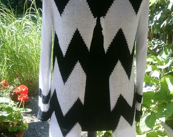 Sweater coat with jagged pattern, black, Gr. 40-42, M, US 12-14, UK 14-16