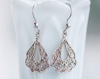 Filigree Dangle Earrings - Sterling Silver Boho Earrings - Vintage Elegant Jewelry