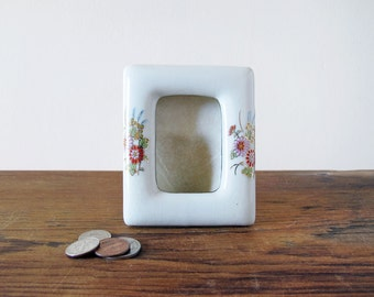 Adorable Vintage Ceramic Porcelain Picture Frame with Flowers