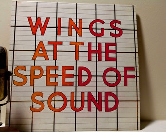 """Paul McCartney and Wings Vinyl Record Album 1970s Classic Rock LP """"Wings at the Speed of Sound"""" (Original 1976 Capitol w/""""Silly Love Songs"""")"""