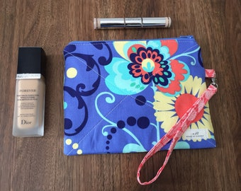 ON SALE!!! Small zippered pouch-Makeup pouch-Floral print pouch with wristlet strap