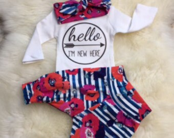 BABY GIRL/Baby Girl Coming Home Outfit/Newborn Girl Coming Home Outfit/Baby Shower Gift/Baby Leggings/Baby Clothes/New Mom Gift/Headband