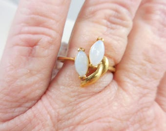 Vintage Opal Costume Ring