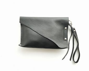 Black leather wristlet // leather clutch