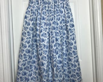 XXS/XS White and blue floral Herman Geist skirt