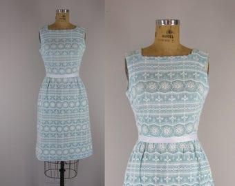 1960s Vintage Dress / 60s Embroidered Cotton Dress