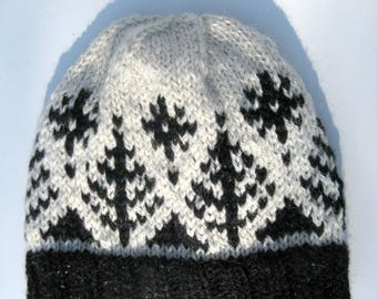 Knitted Alpaca and Wool Hat for Men and Women - Fair Isle White and Black, Winter Beanie, Slouch