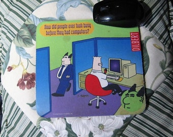 Vintage 90's, Dilbert Mousepad, Computer Mouse Pad, Dilbert Looking Busy, Dilbert by Scott Adams, Gift for Dilbert Fans/Computer Engineer