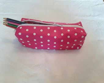 Pencil case pink with white polka dots