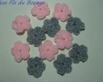 Flowers appliques crochet wool pink and gray x 12.