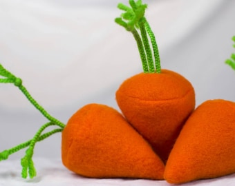 The Fleece Carrot Cat Toy - Filled with Organic Catnip