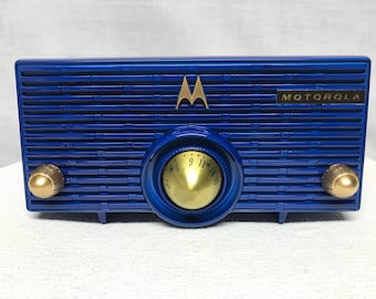 "Motorola MK-56H  ""Torpedo"" retro vintage tube radio with iphone or bluetooth Input."