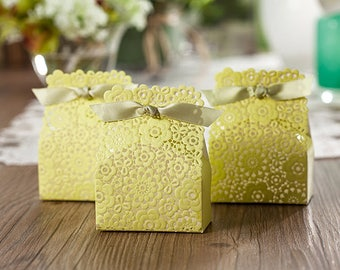 100 engagement favor boxesdiy with this ring wedding favor 50 lacey wedding favorsdiy lace gift boxwedding flowers favor boxeselegant wedding favors for guestswedding favor bagslace flower girl solutioingenieria Image collections