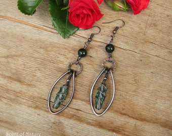 Copper wire earrings Rustic copper earrings with green jade gemstone and Czech crystals Boho green earrings Hammered copper wire earrings