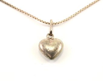 Vintage Heart Shape Necklace 925 Sterling Silver NC 1064