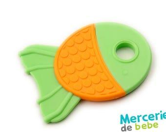 Green decorative element - shaped fish-C12-V9