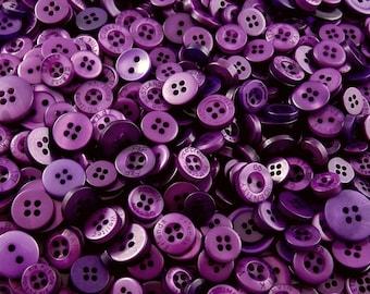 Purple Small Mixed Buttons - Bulk/Job Lot/Scrapbooking/Card Making/Crafting