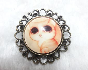 The kitten round brooch with big eyes