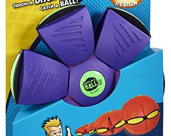PHLAT BALL a revolutionary toy to play outdoors with friends or family.