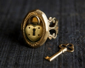 Poison Ring - Locket Gold or Silver Heart Padlock Secret Compartment