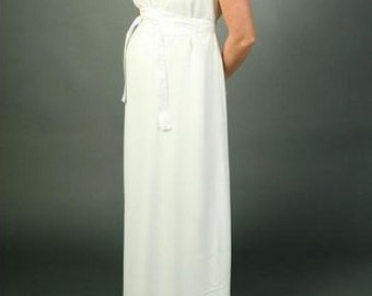 Romantic off-white maternity dress