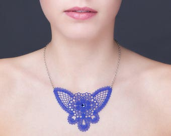 lace necklace royal blue with stainless steel chain