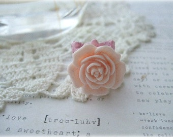 Pink Filigree Ring with Light Pink Flower