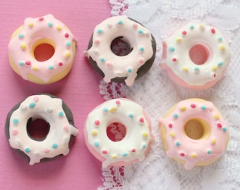 6 Pcs Big Assorted Doughnuts With Icing Cabochons - 26mm