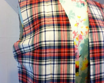 Vintage White Stewart Plaid Vest Mod 1960s Darts at Bust Loose Fit Womens Med Lg 34-40 Bust