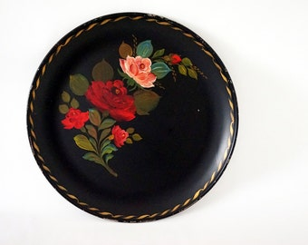 """Huge 20"""" Round Black Tole Painted Vintage Serving Tray"""