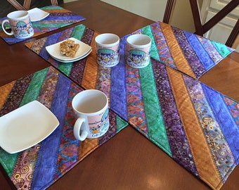 Purple Reign Table Runner / Placemats (Set of 4)