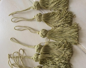 Khaki color length 9 cm tassels