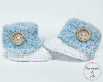 Fluffy turnover baby booties