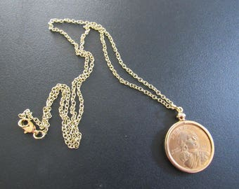 Coin Bezel Handcrafted Pendant Jewelry Findings Pendant Charm Coin Holder - Coin  Bezel - Sacajawea Dollar w 20 Inch Chain