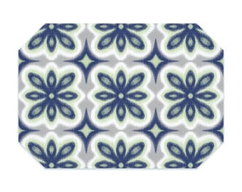 Printed floral Ikat placemat, navy placemats,  green cloth placemat, fabric placemat, table linens, table setting, home decor, place mat