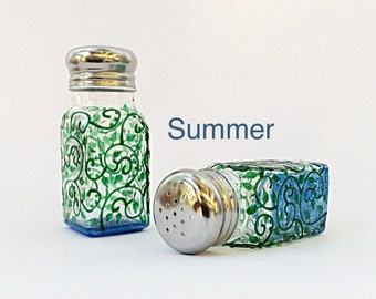 Summer salt and pepper shakers
