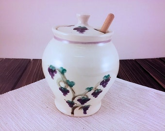 Grape hand painted Pottery honey pot, sugar bowl, ceramic honey pot, pottery sugar bowl, ceramic sugar bowl, honey pot pottery