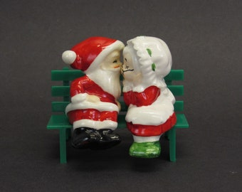 Vintage Lefton Kissing Santa and Mrs Claus Figurines with Bench, 3 Piece Set (E10566)