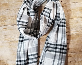 Blanket Scarf, Black/Grey/White Plaid, Fall Fashion, Winter Scarf, Flannel Scarf, Gift for Her, Winter Wear