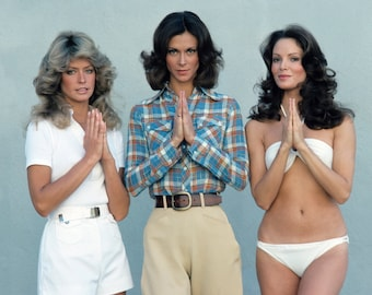 Charlie's Angels 8 x 10 / 8x10 GLOSSY Photo Picture