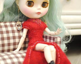 Romantic red dress for Blythe
