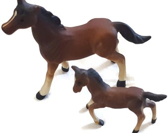 Vintage Miniature Horses Mare and Foal - Tiny Bisque Porcelain Figurines - Mare 3 Inch Long 2.25 Inch High