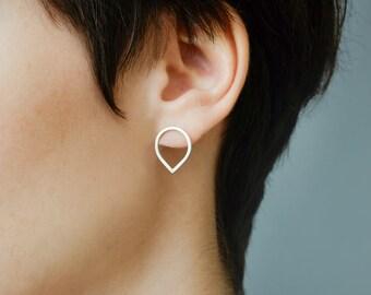 Sterling Silver Stud Earrings, Teardrop Earrings, Silver Teardrop Earrings, Minimal Earrings, Raindrop Earrings, Silver Earrings Studs