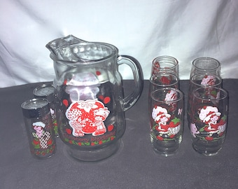Vintage 80s Strawberry Shortcake Glass Pitcher Salt Pepper 6 Glasses Drinkware