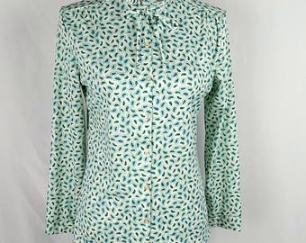 Vintage 1970's Queen Casuals Ruffle Collar Blouse Paisley