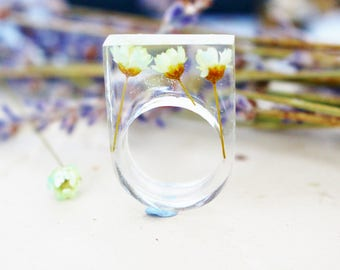 Daisy Ring, Flower Jewelry, Dried Flower, Statement Jewellery, Transparent Resin, Nature Ring, Botanical, Gift for Her
